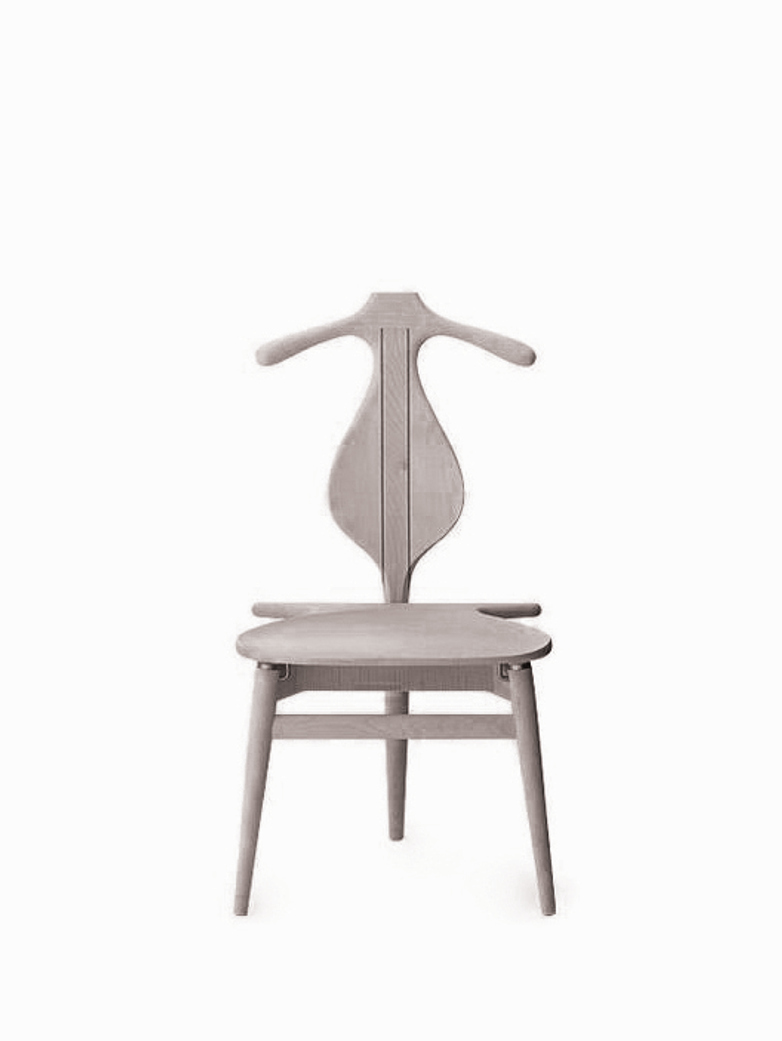 PP250 Valet Chair – Lacquered Maple