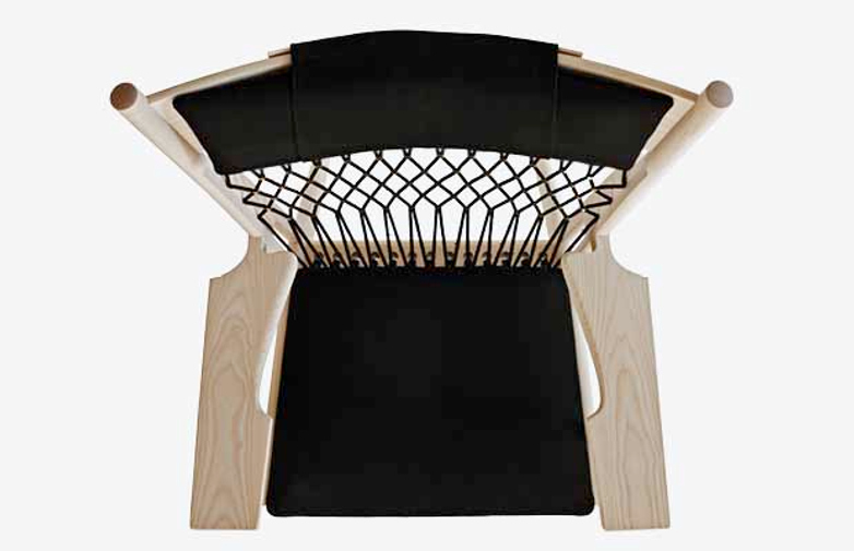 PP129 Web Chair – Soaptreated Ash – Black Leather