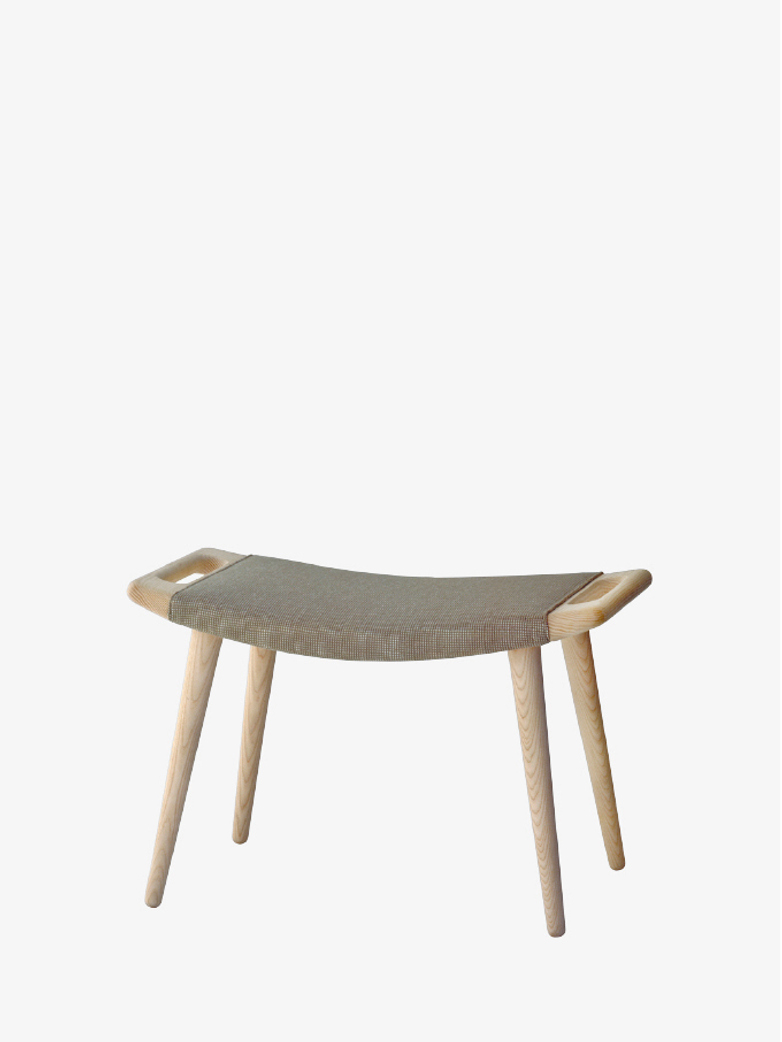 PP120 Stool – Soaptreated Ash