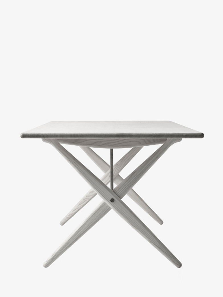 PP85 Crossed Legged Table – Lacquered Ash – 160