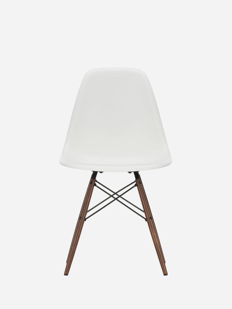 Eames Plastic Chair – DSW – White – Dark Maple