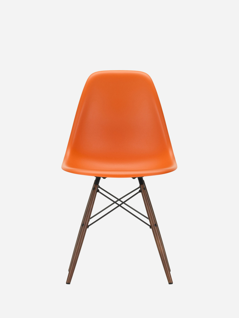 Eames Plastic Chair – DSW – Rusty Orange – Dark Maple