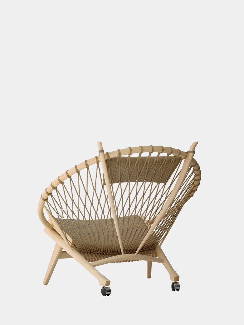 PP130 Circle Chair – Nature Flag