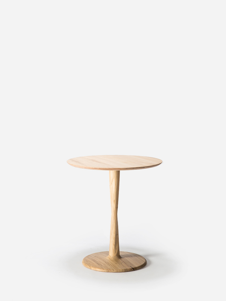 Torsion Dining Table – Oak – Ø70