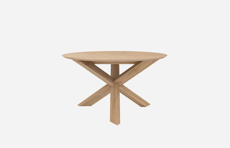 Circle Dining Table – Oak – Ø136