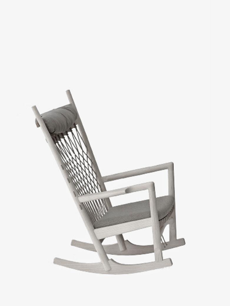 PP124 Rocking Chair – Oiled Oak