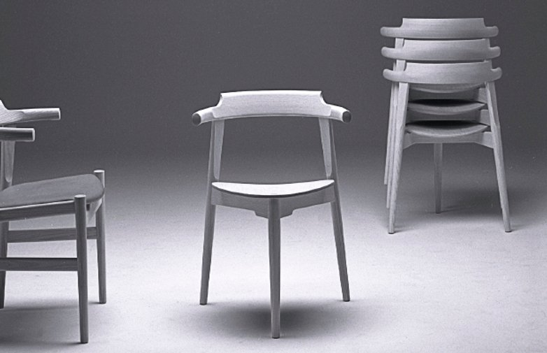 PP58/3 Chair – Lacquered Beech