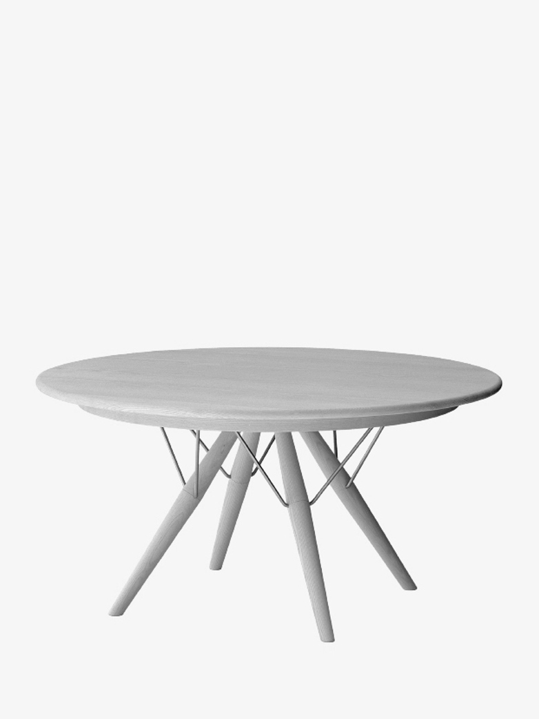 PP75 Table – Oiled Ash – Ø140