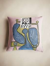 Picasso Cushion – Femme Assise a la Robe Bleue II – 45 x 45
