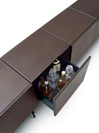 Rubycon Cabinet – 5 Cubes – Chocolate