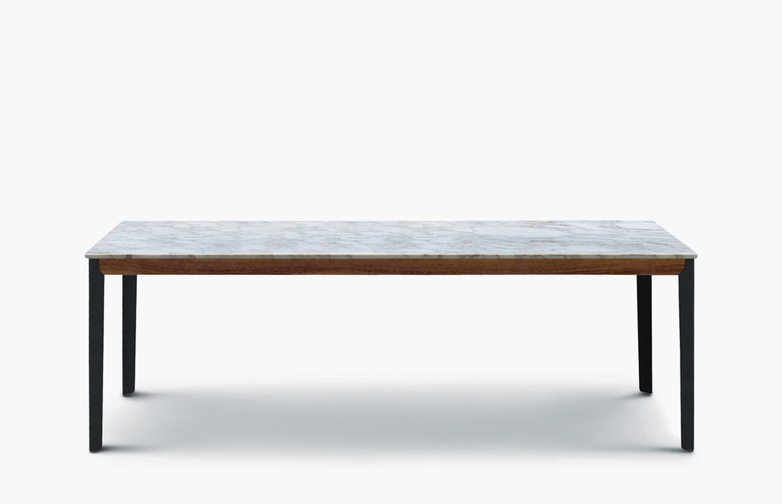 Hug Table – Marble