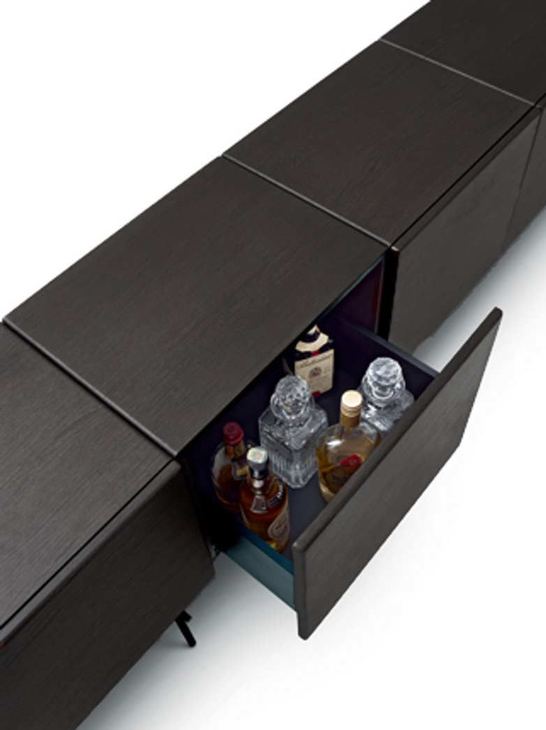 Rubycon Cabinet – 5 Cubes – Wengé