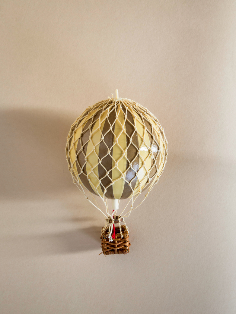 Christmas Balloon – Ivory/Gold – XS