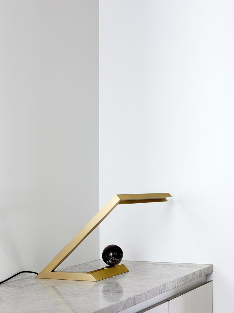 Oud Table Lamp – Brass