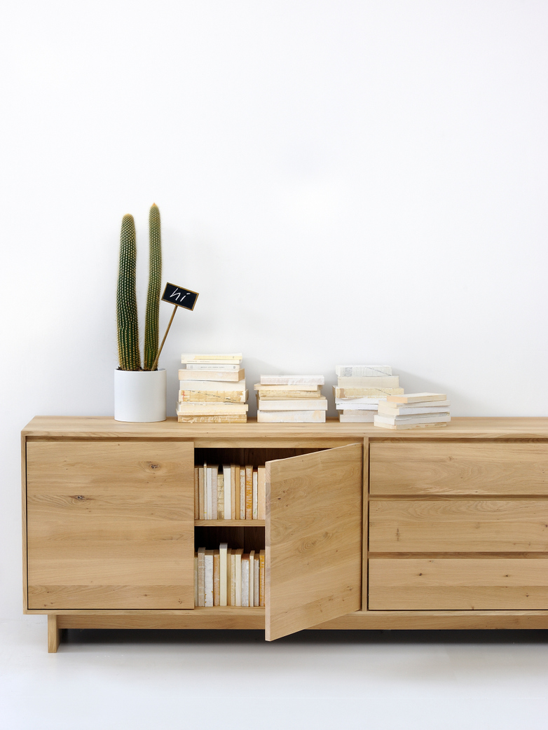 Wave Sideboard – Oak