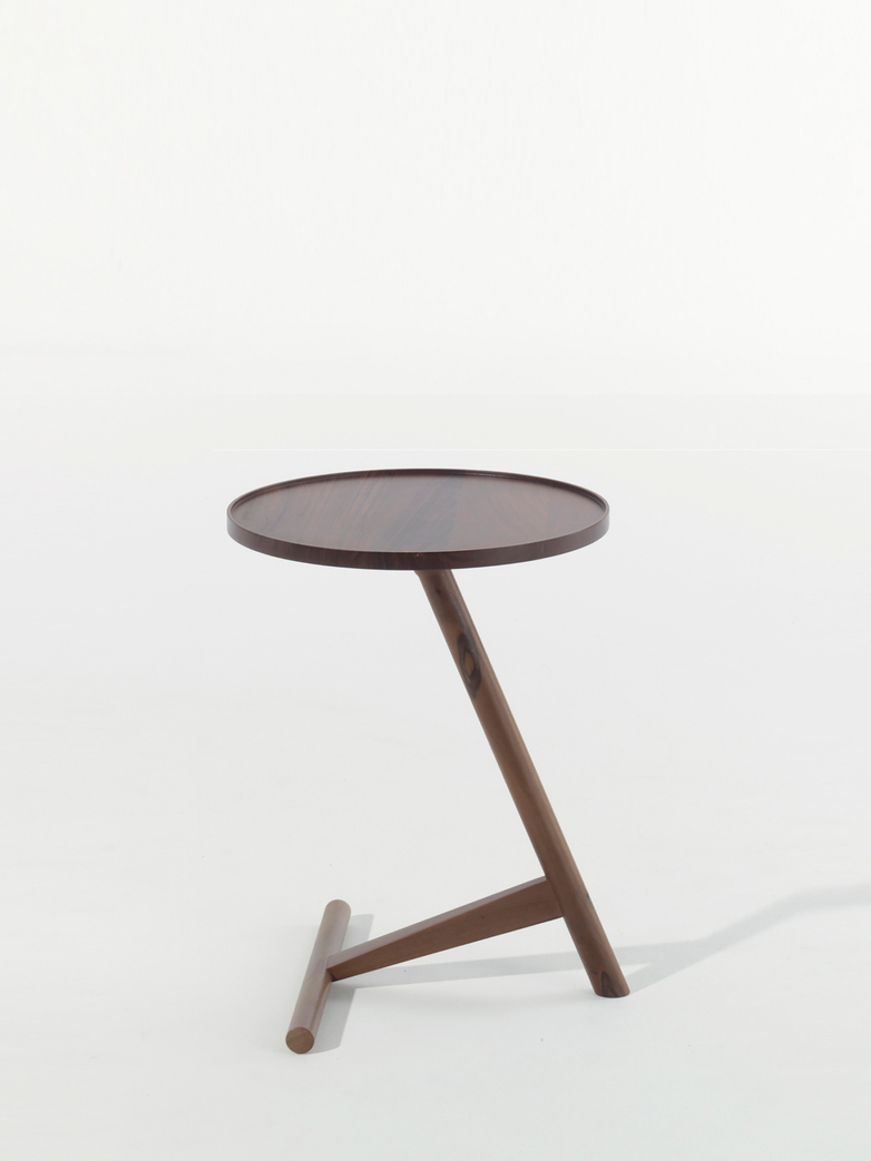 Calvo Side Table – Walnut