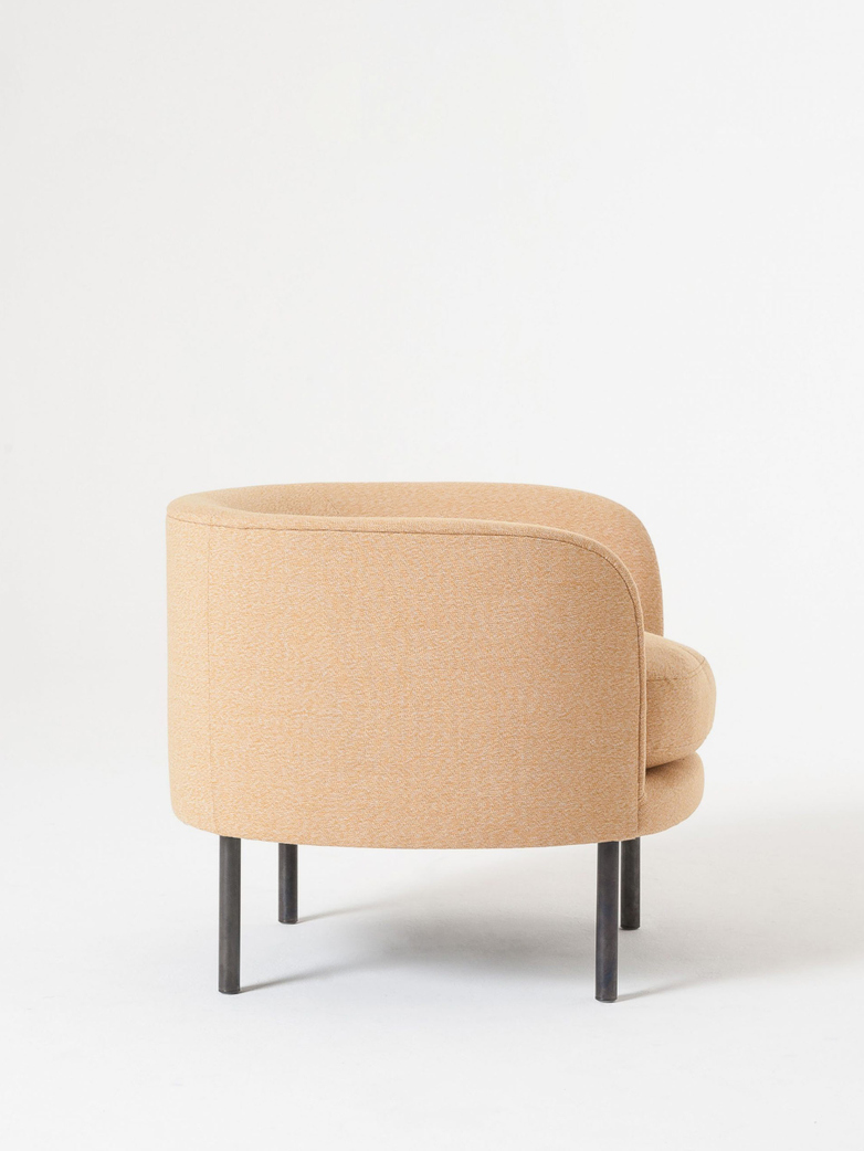 Continuous Armchair Cushion Seat