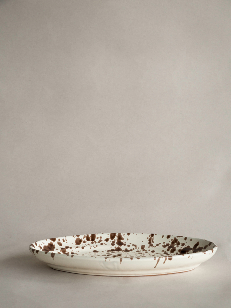 Spruzzi Vivente - Oval Plate Medium - Creme/Brown