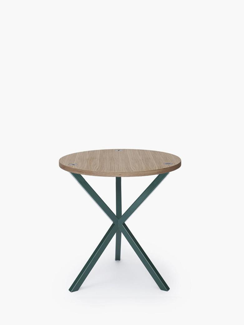 NEB Round Side Table – Clear Oak/Green – Medium