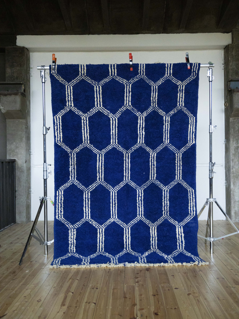 Beldi Blue – 285 x 190 cm