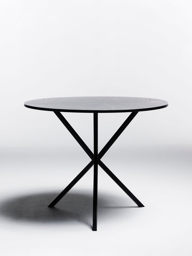 NEB Round Dining Table – Zinc/Black