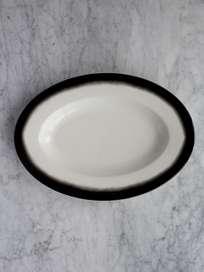 Pasta Dish Oval Black Edge - Medium