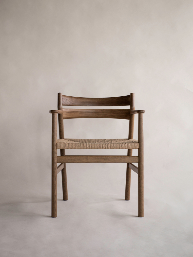 BM2 Chair Smoked Oak