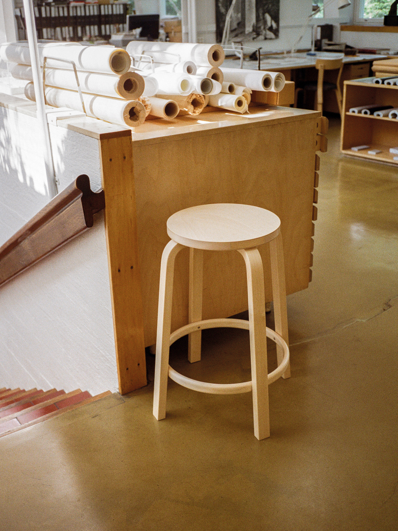 Bar Stool 64 - Birch Veneer - 65 cm