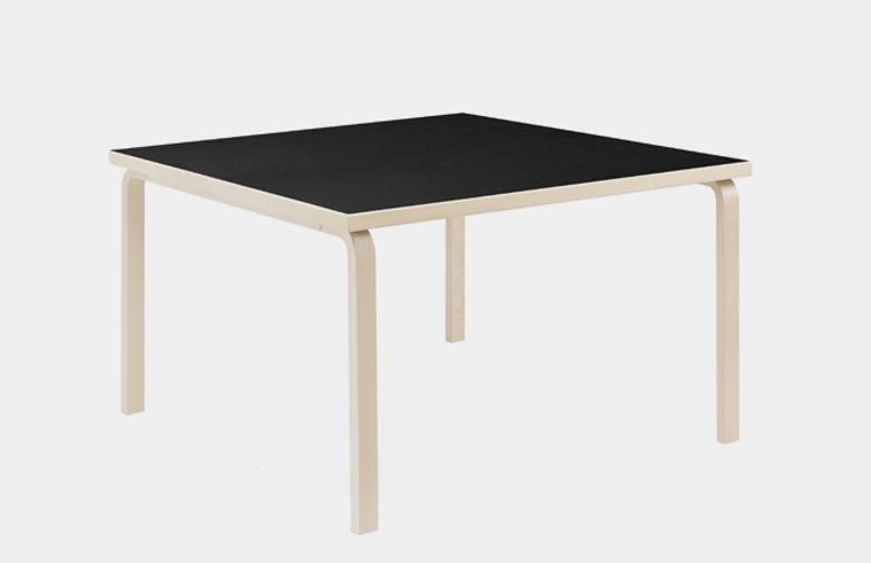 Aalto Table Square 84 - Black Linoleum - 120x120 cm