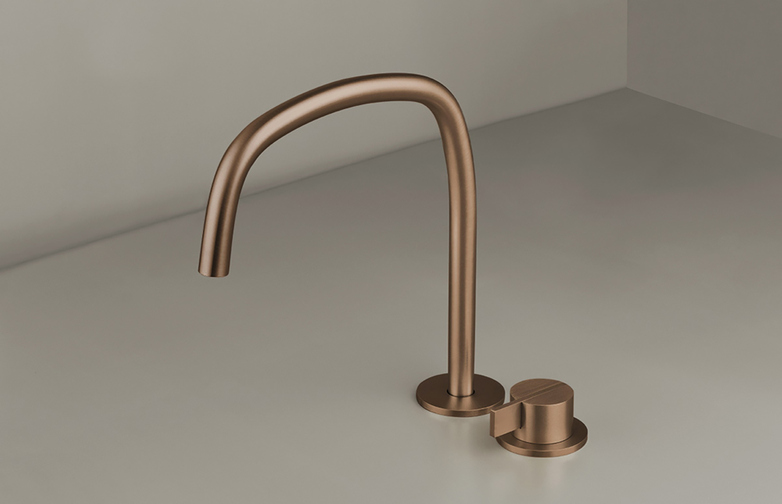 Piet Boon Raw Copper - Deck Mounted Basin Mixer with Deck Mounted Swivel Spout