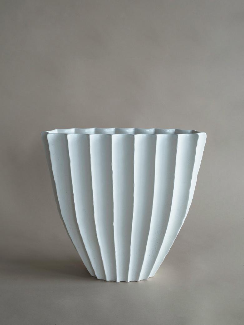 Debbie Vase Large