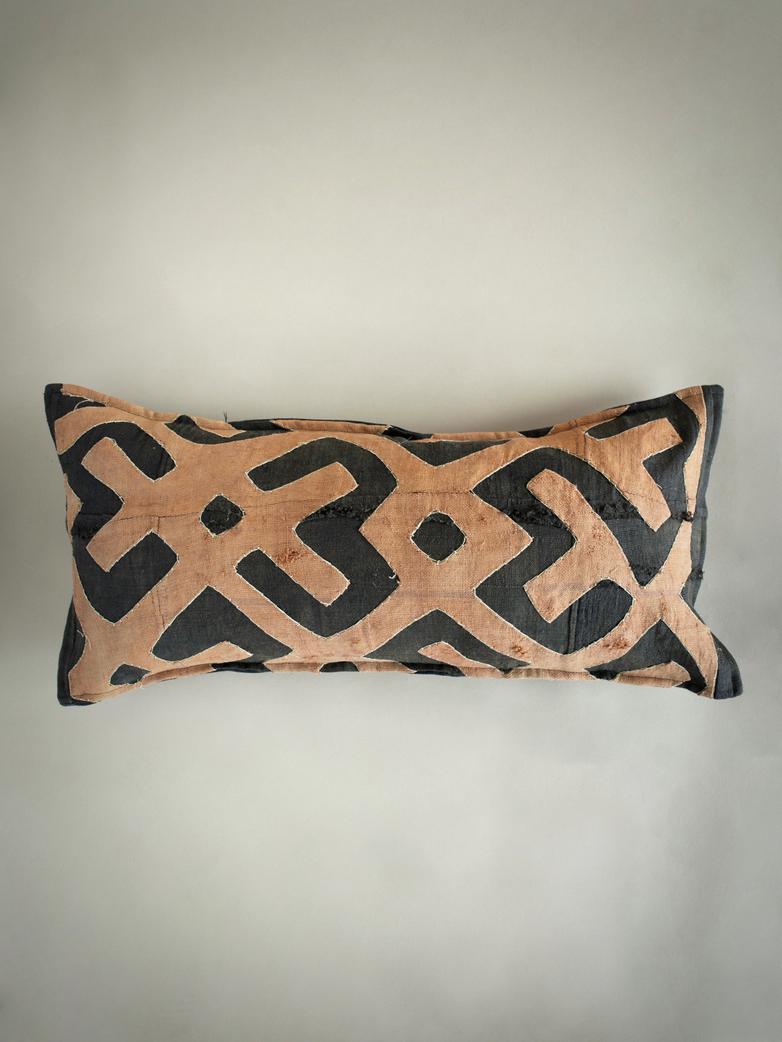 Kuba Cushion 305