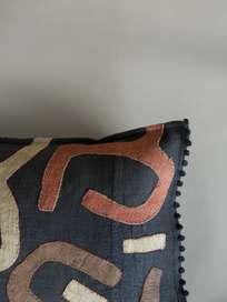 Kuba Cushion 695