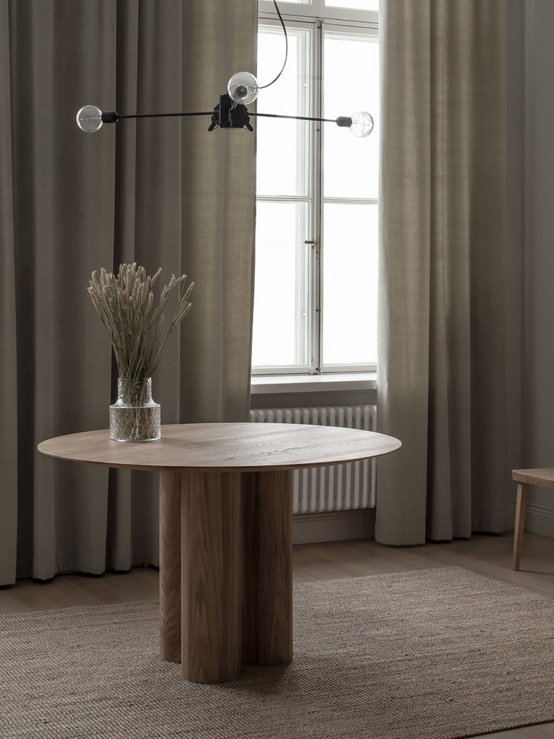 Hommage Grande Dining Table – White Stained Oak