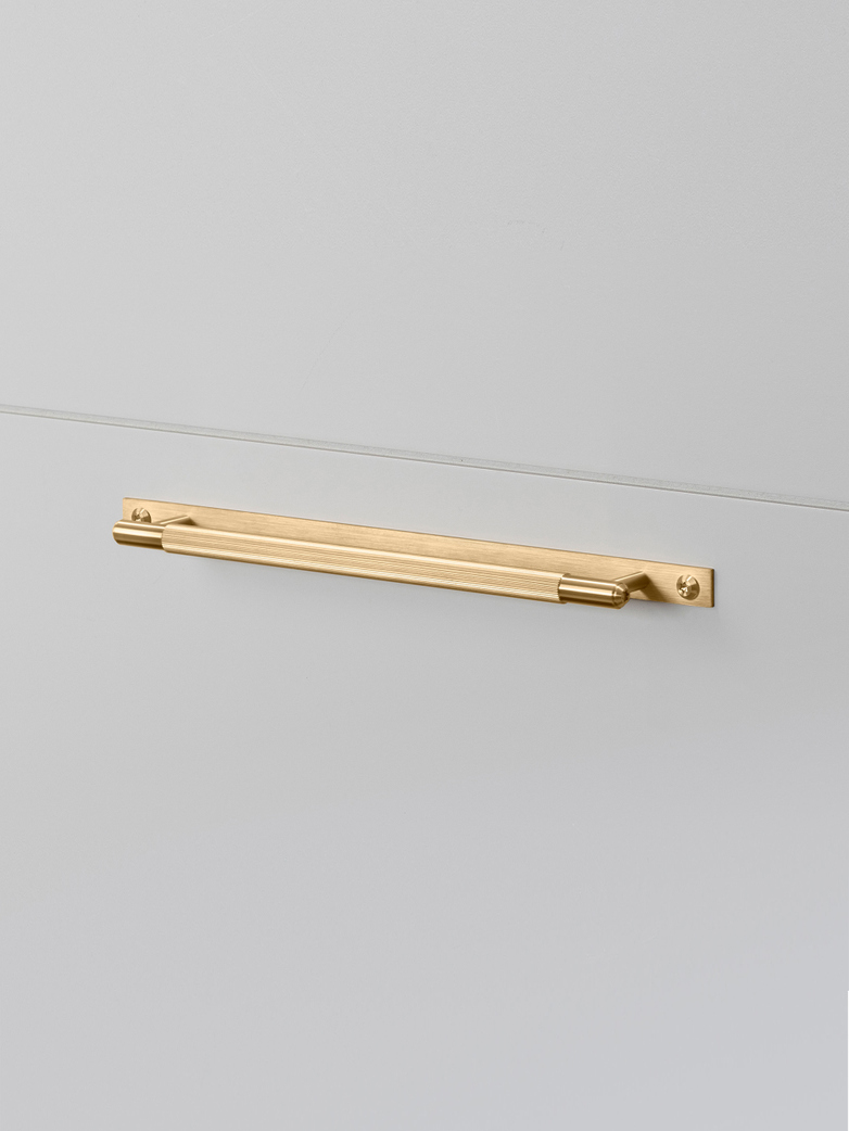 Pull Bar - Plate - Linear - Brass