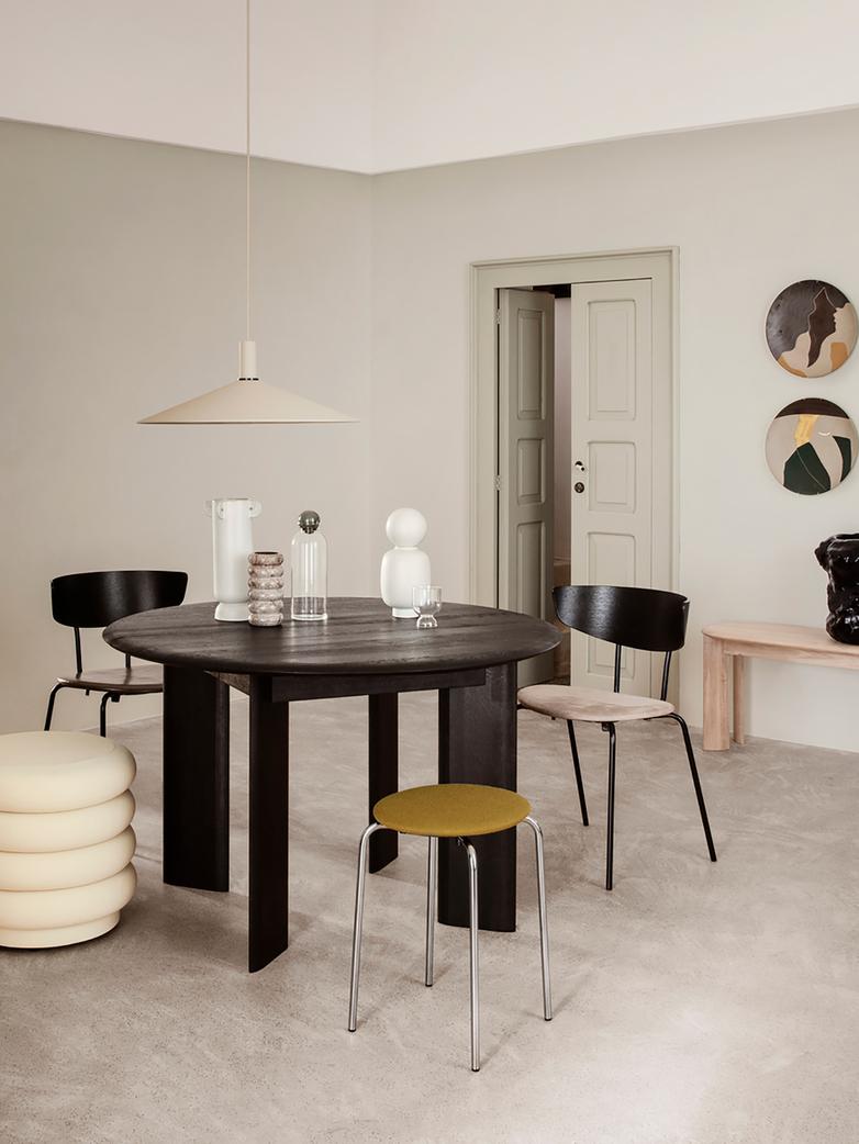 Ferm Living - Bevel Table Round 117 cm  White Oiled Oak