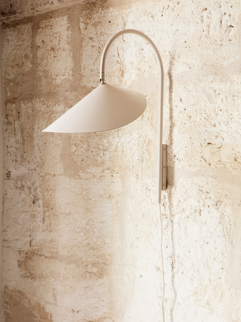 Ferm Living - Arum Wall Lamp Tall Cashmere