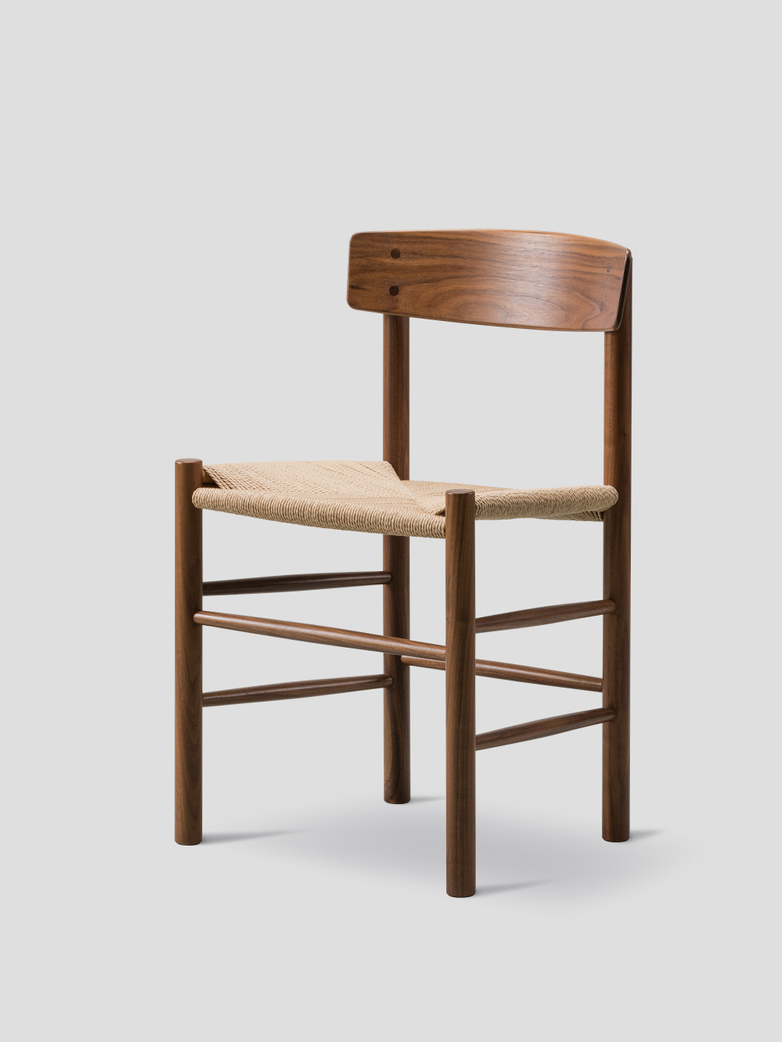 J39 Chair - Oiled Walnut/Natural