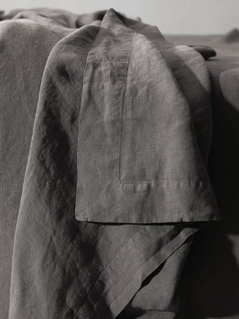 Rem Linen Bedding - Fumo