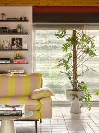 Retro sofa: 4-seats -  striped yellow/nude