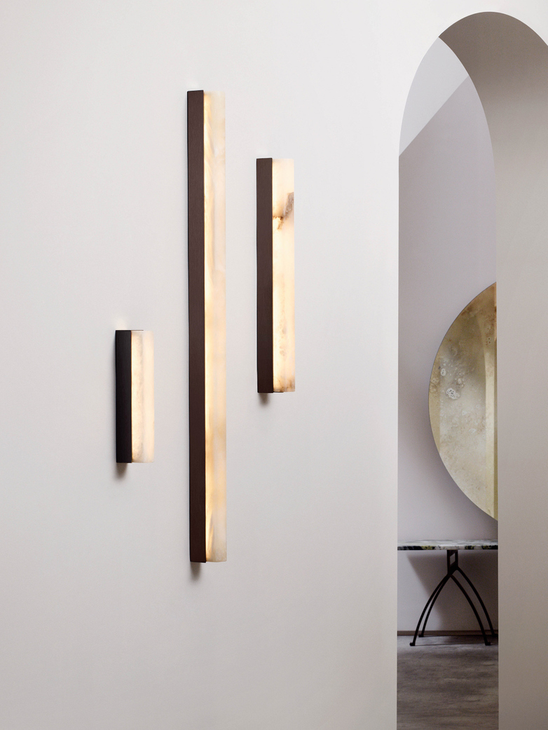 Artés Wall Lamp - Satin Brass