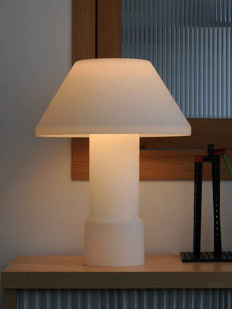 Lampyre w163 Table Lamp - Large