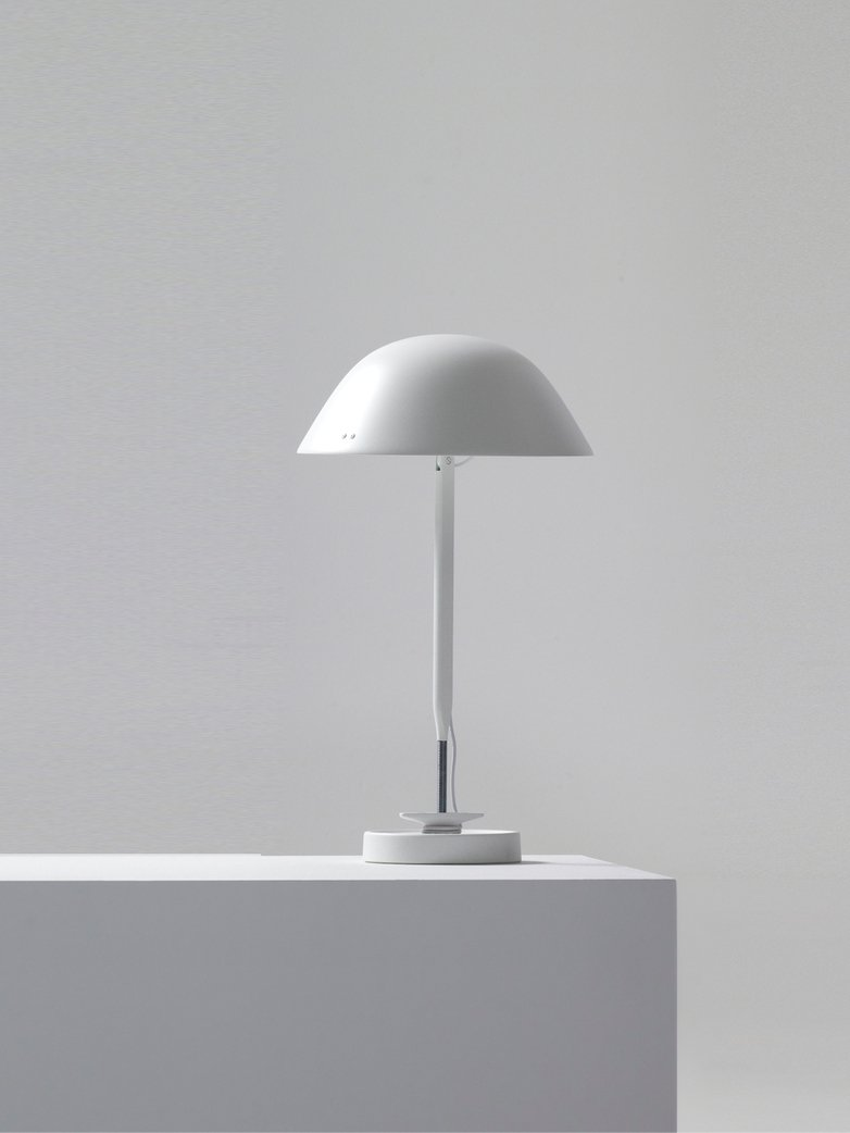 Sempé w103B Table Lamp - Traffic White