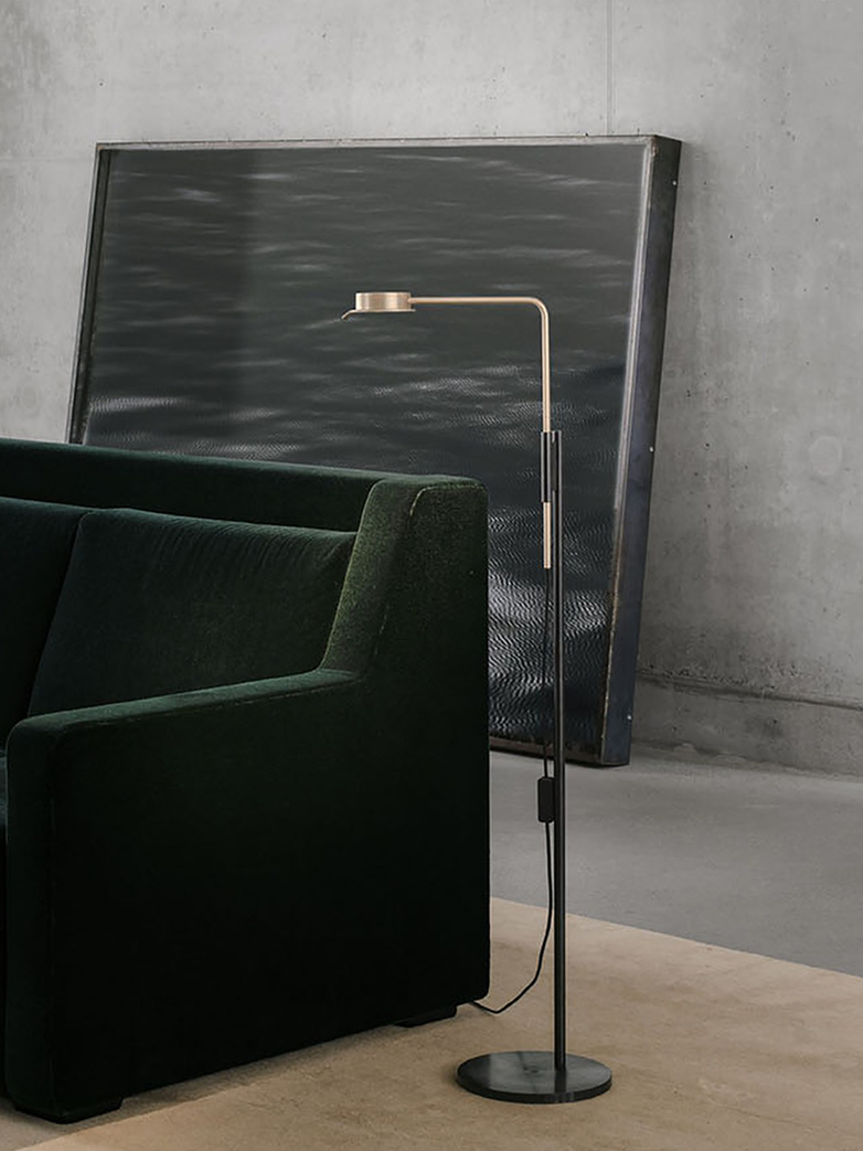Chipperfield w102 Floor Lamp - Solid Brass/Black Steel