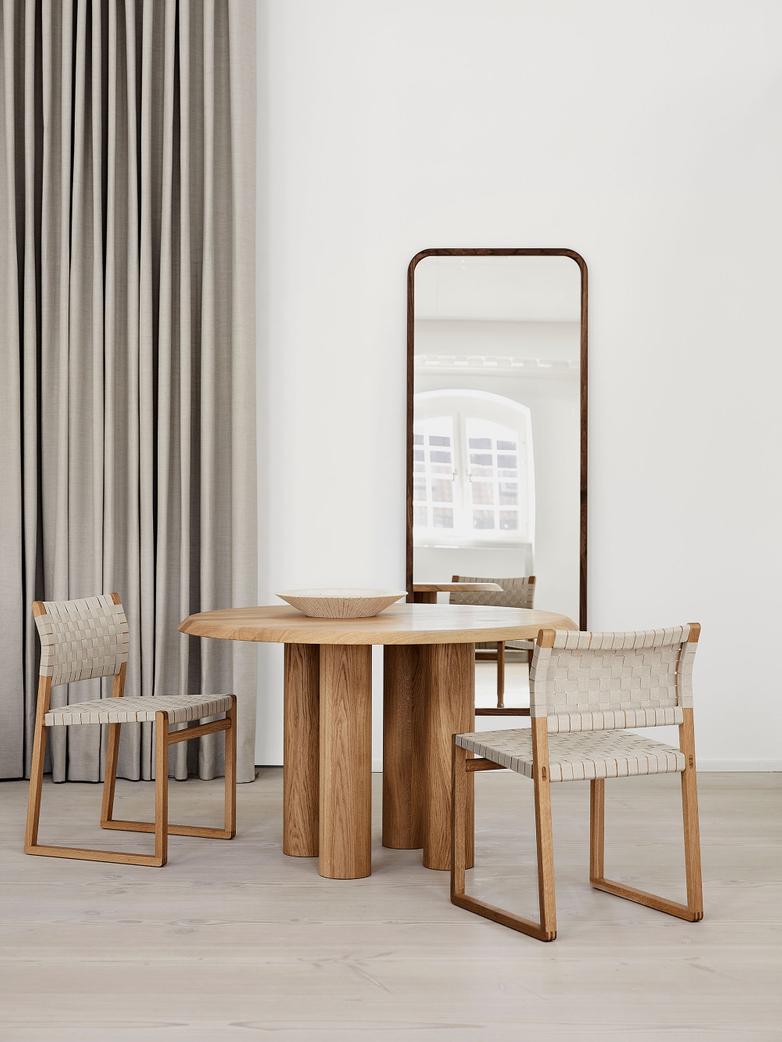 BM61 Chair - Linen Webbing/Oiled Oak