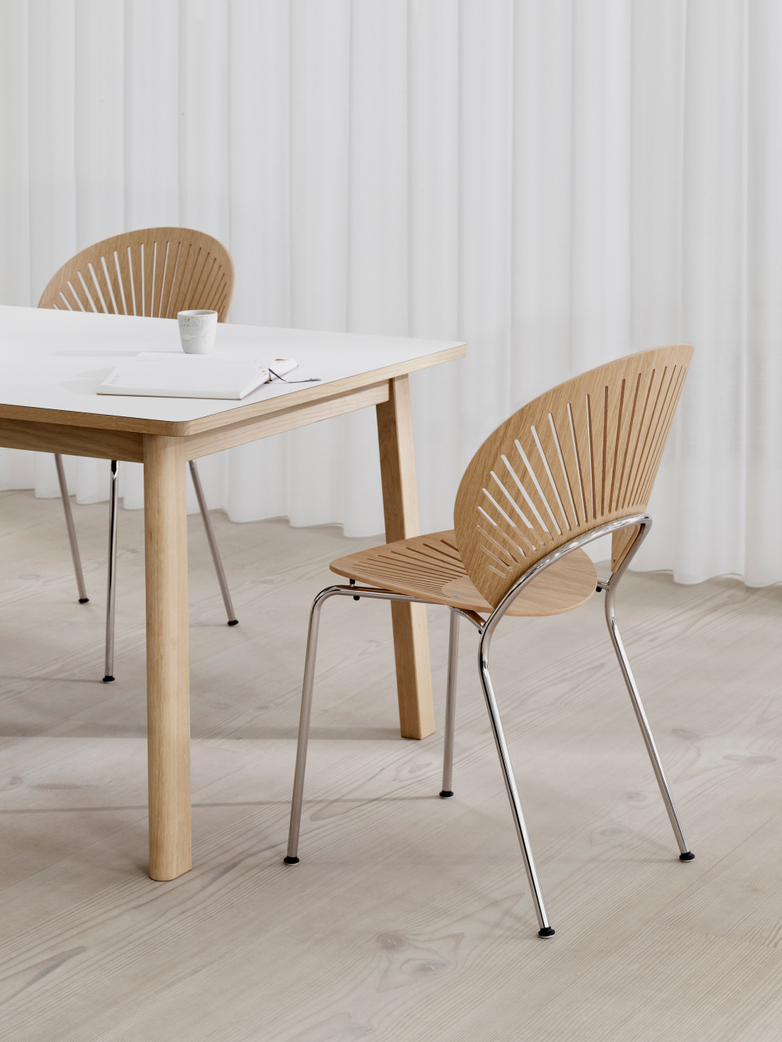 Trinidad Chair - Lacquered Oak/Chrome