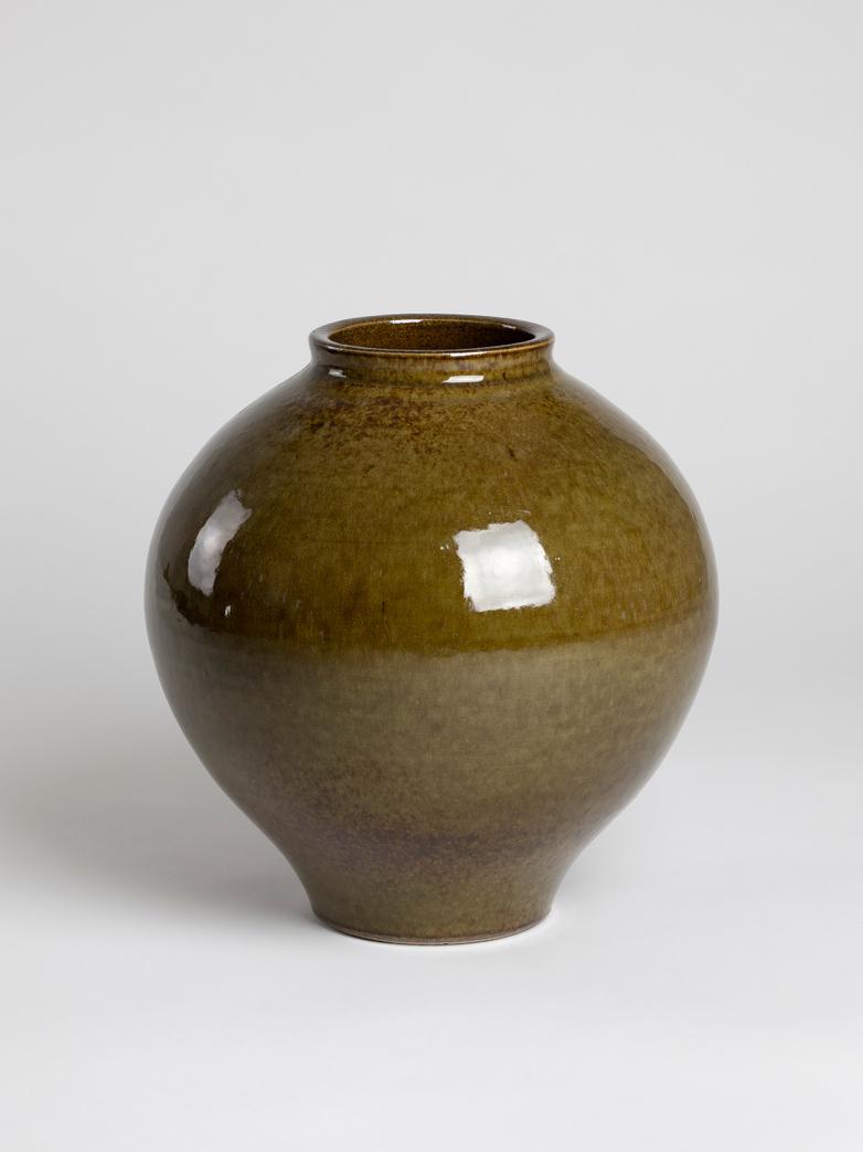 Vase Reactive Brown