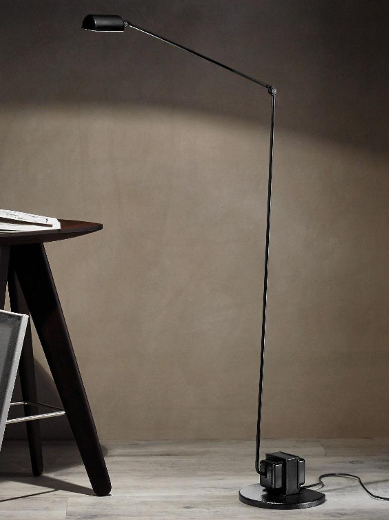 Daphine – Floor Lamp – Black