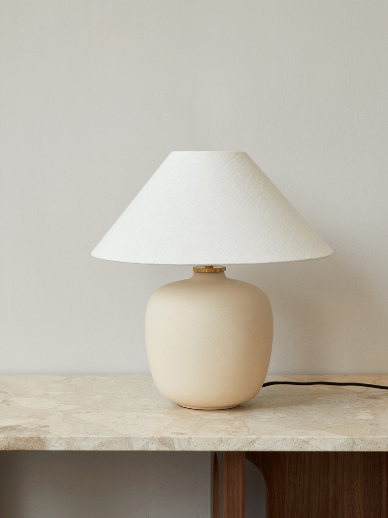 Torso Table Lamp 37