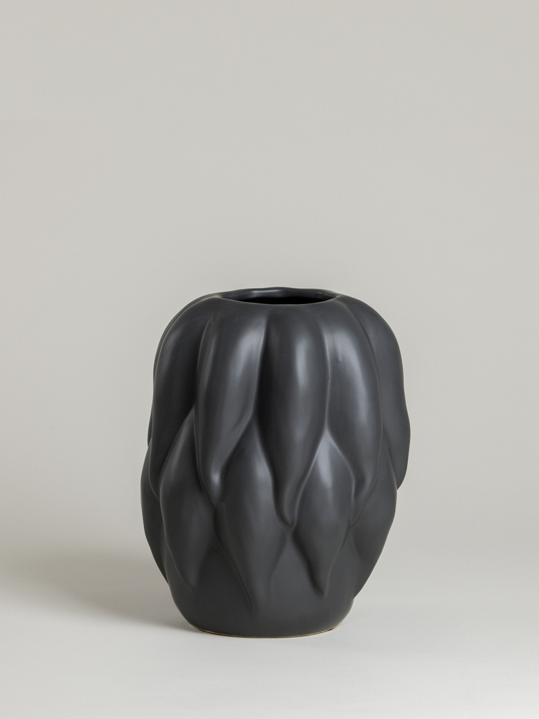 Ridley Vase – Black – Small
